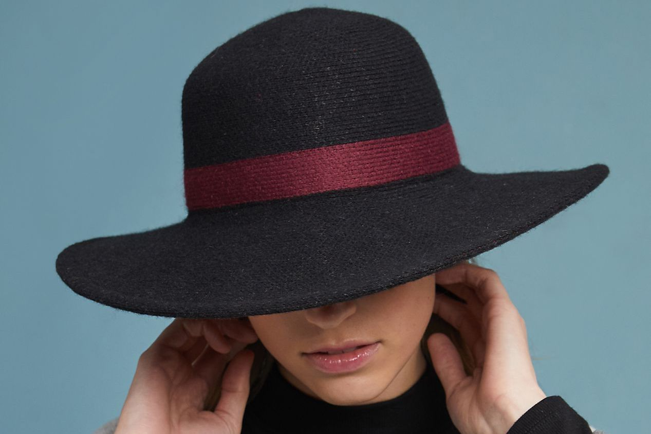Alzada Ribbed Floppy Sweater Hat