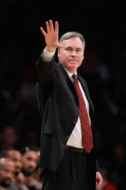 LOS ANGELES, CA - DECEMBER 29:  New York Knicks head coach Mike D'Antoni gestures during the second half against the Los Angeles Lakers at Staples Center on December 29, 2011 in Los Angeles, California. NOTE TO USER: User expressly acknowledges and agrees that, by downloading and or using this photograph, User is consenting to the terms and conditions of the Getty Images License Agreement.  (Photo by Jeff Gross/Getty Images) *** Local Caption *** Mike D'Antoni