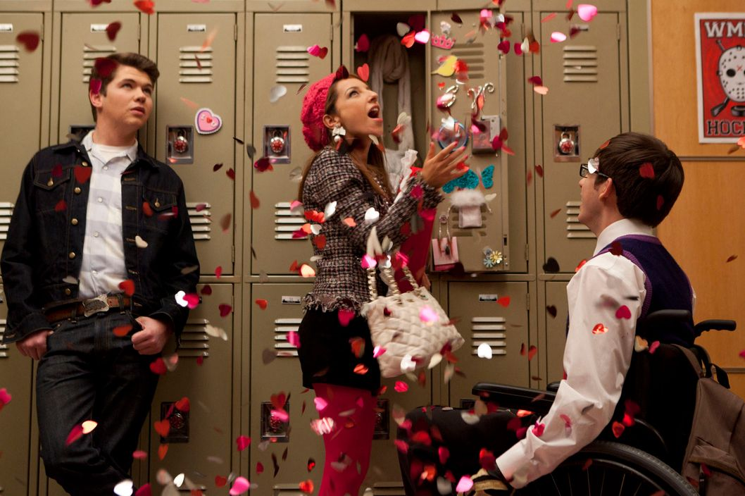 "GLEE: Rory (guest star Damian McGinty, L) and Artie (Kevin McHale, R) compete for Sugar's (guest star Vanessa Lengies, C) love in the""Heart"" episode of GLEE airing Tuesday, Feb. 14 (8:00-9:00 PM ET/PT) on FOX."