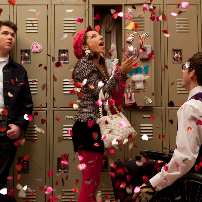 GLEE: Rory (guest star Damian McGinty, L) and Artie (Kevin McHale, R) compete for Sugar's (guest star Vanessa Lengies, C) love in the