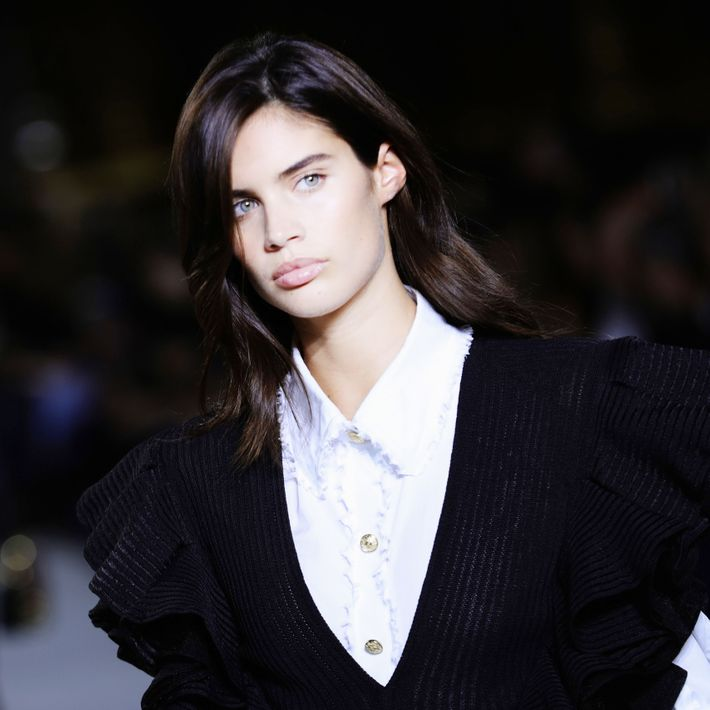 Sara Sampaio Says Lui Published Nudes Without Consent