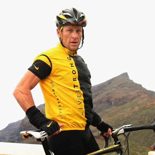 TENERIFE, SPAIN - DECEMBER 05:  Lance Armstrong of the USA stops during a training ride at a Team Astana Training Camp at the Hotel Las Madrigueras on December 5, 2008 in Playa de las Americas, Tenerife.  (Photo by Bryn Lennon/Getty Images) *** Local Caption *** Lance Armstrong