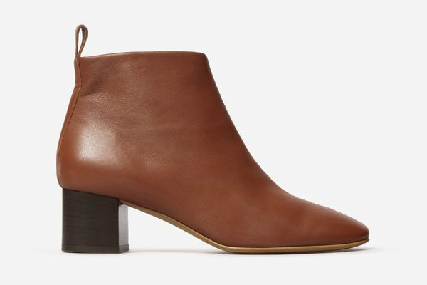 Everlane The Day boot in brick