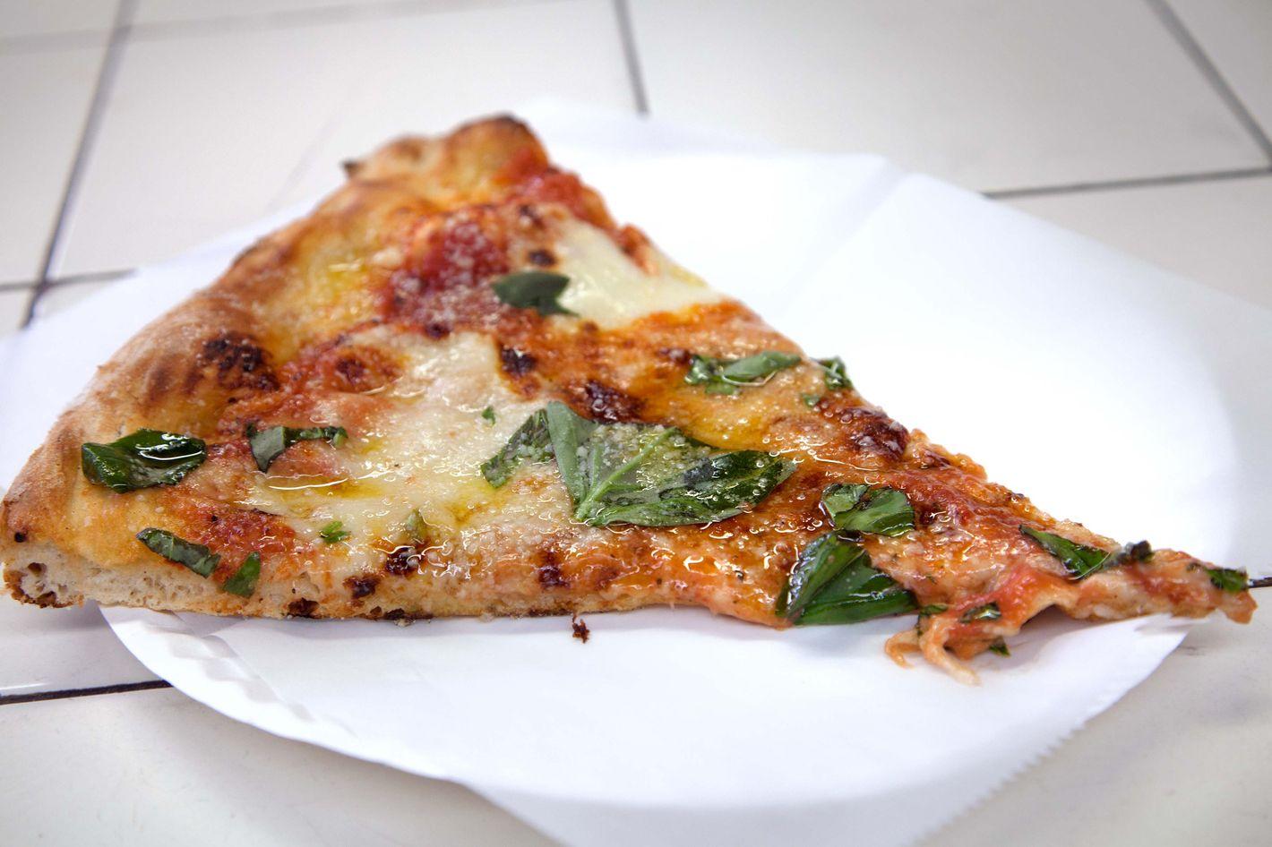 e0e15e83463 Di Fara Pizza Expands to Williamsburg
