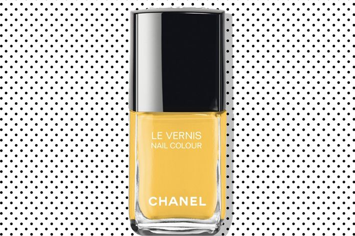 Everyone Wants to Wear Chanel Yellow Nail Polish