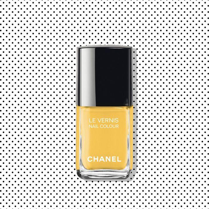 Everyone Wants to Wear Chanel Yellow Nail Polish