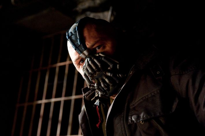 """TOM HARDY as Bane in Warner Bros. Pictures' and Legendary Pictures' action thriller """"THE DARK KNIGHT RISES,"""" a Warner Bros. Pictures release. TM and ? DC Comics"""
