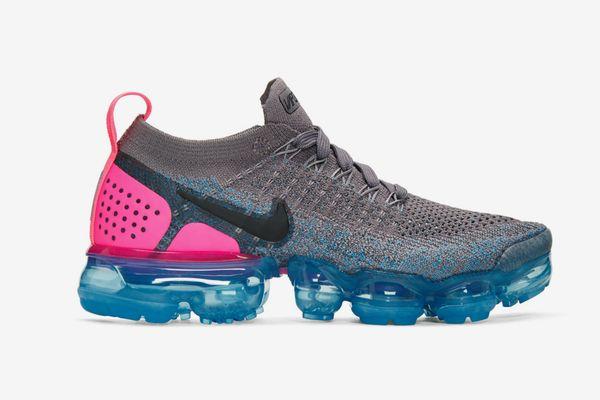 Nike VaporWave Flyknit 2 Sneakers