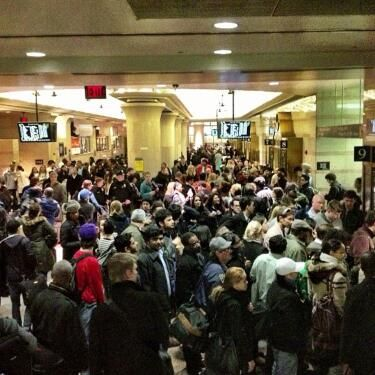 """The crowd in Penn Station, via <a href=""""http://instagram.com/p/SUAC52h17e/"""">thematthewkeys</a>."""
