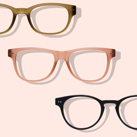 65a22d74ef515 The Best Wire-Frame Circle Glasses According to Editors