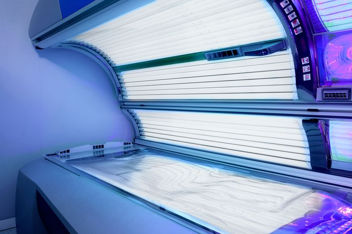 Age restrictions on tanning could save lives