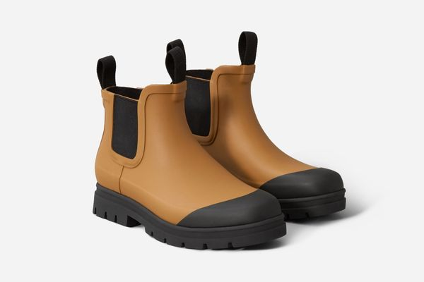 The Rain Boot in Toffee