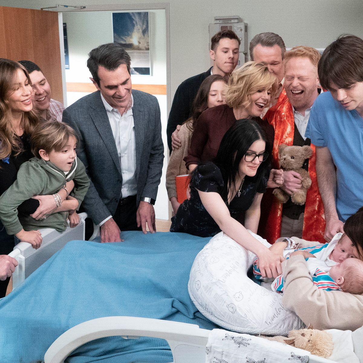 A Modern Family how did 'modern family' end? how each character arc wraps up