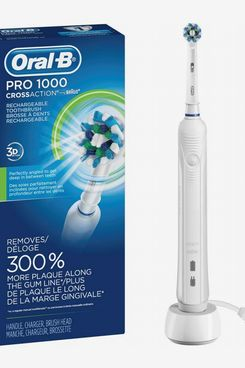 Oral-B White Pro 1000 Power Rechargeable Electric Toothbrush