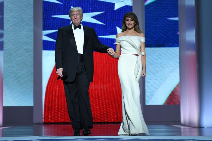 trump-and-melania-inaugural-ball