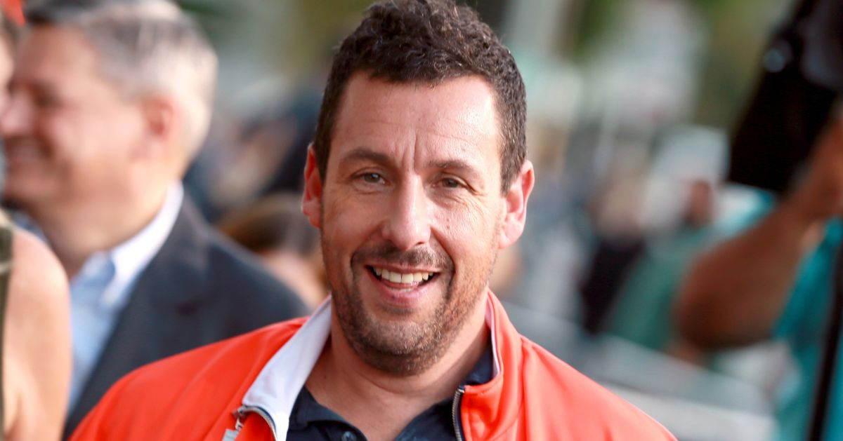 Adam Sandler Halloween Movie Stars Maya Rudolph, SNL Cast