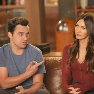 """Jake Johnson and guest star Megan Fox in the """"The Decision"""" episode of NEW GIRL on FOX."""