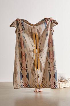 Pendleton White Sands Jacquard Throw Blanket