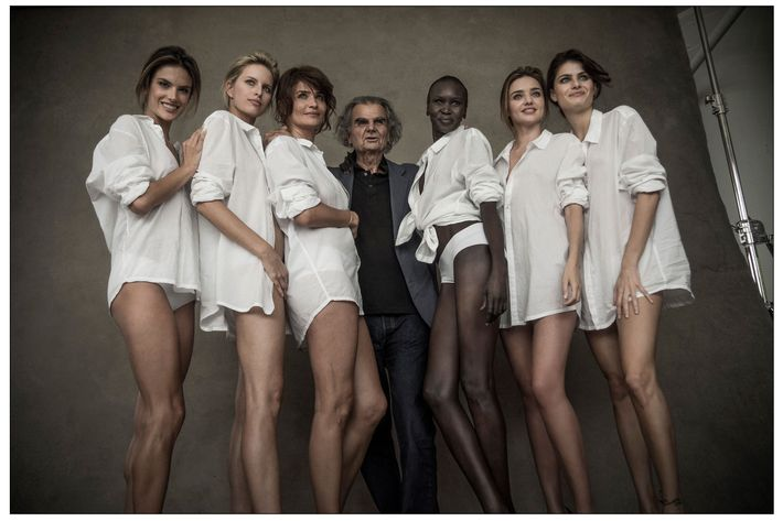 Peter Lindbergh with the 2014 Pirelli calendar girls.