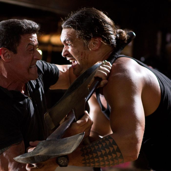 """(L-r) SYLVESTER STALLONE as Jimmy and JASON MOMOA as Keegan in Warner Bros. Pictures', Dark Castle Entertainment's and IM Global's action thriller """"BULLET TO THE HEAD,"""" a Warner Bros. Pictures release."""