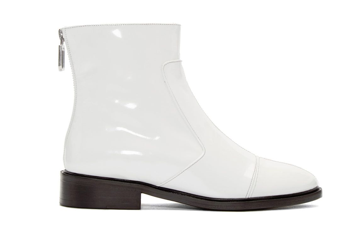 Courrèges White Zippered Boots