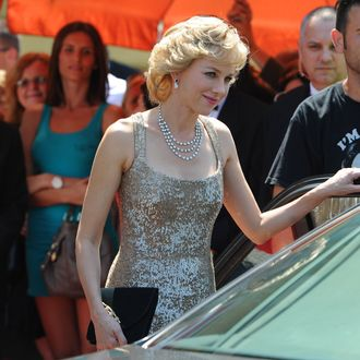 Actress Naomi Watts is seen portraying Princess Diana Of Wales on the set of 'Caught In The Flight', Naomi is recreating the arrival of Diana to the Royal Opera House.