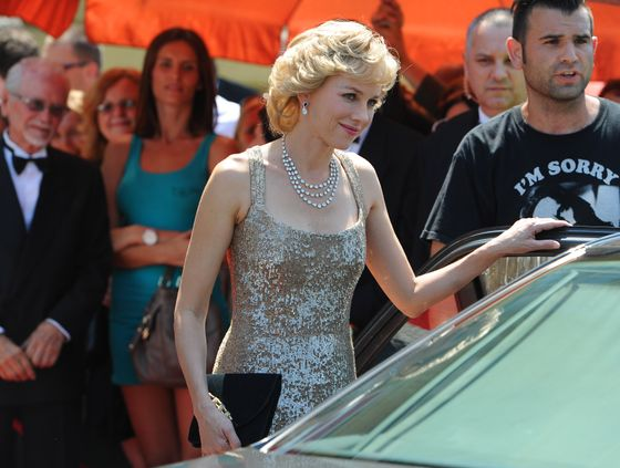 Actress Naomi Watts is seen portraying Princess Diana Of Wales on the set of 'Caught In The Flight', Naomi is recreating the arrival of Diana to the Royal Opera House. <P> Pictured: Naomi Watts <P> <B>Ref: SPL413092  020712  </B><BR/> Picture by: Purvey / Jenkins / Splash News<BR/> </P><P> <B>Splash News and Pictures</B><BR/> Los Angeles:	310-821-2666<BR/> New York:	212-619-2666<BR/> London:	870-934-2666<BR/> photodesk@splashnews.com<BR/> </P>