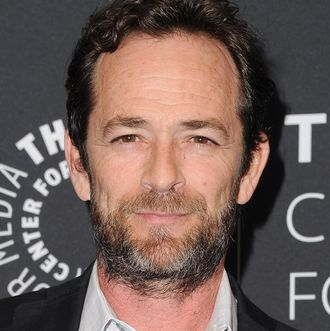 Pictures of luke perry