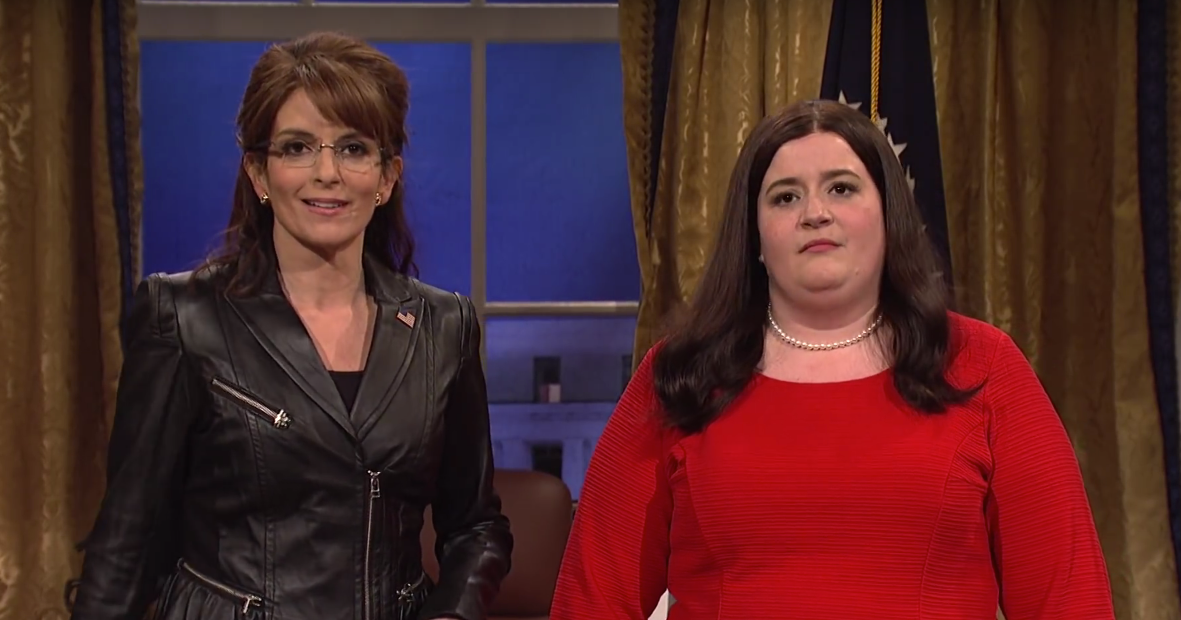Sarah of White House Past Meets Sarah of White House Present on SNL, and They're Both Miserable!