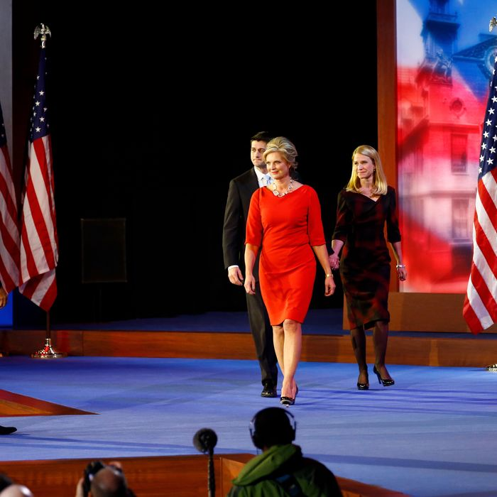 Ann Romney's concession outfit.