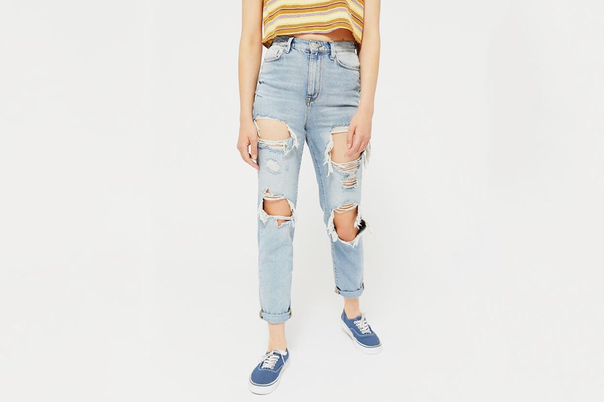 BDG High-Rise Mom Jean - Destroyed Light Wash