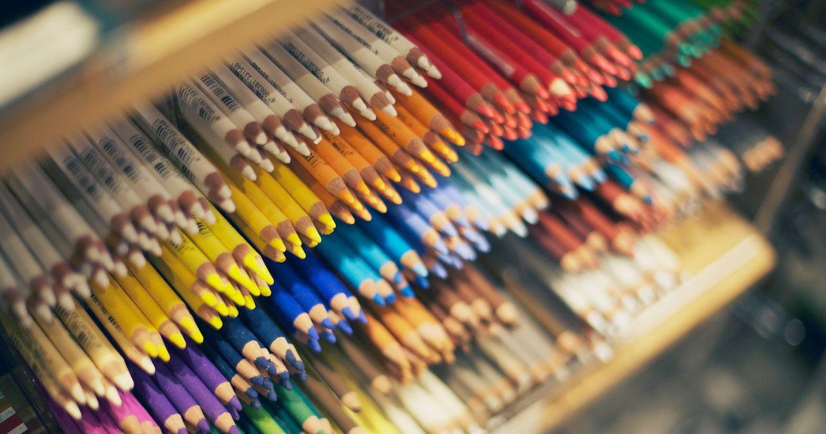 cfaf4f0730214 17 Best Colored Pencils 2019