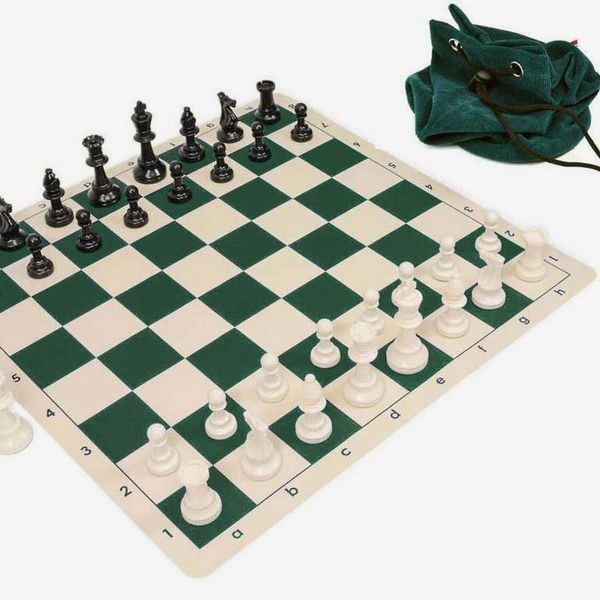 Wholesale Chess Silicone Pieces and Board Chess Set Combo (with Drawstring Bag)