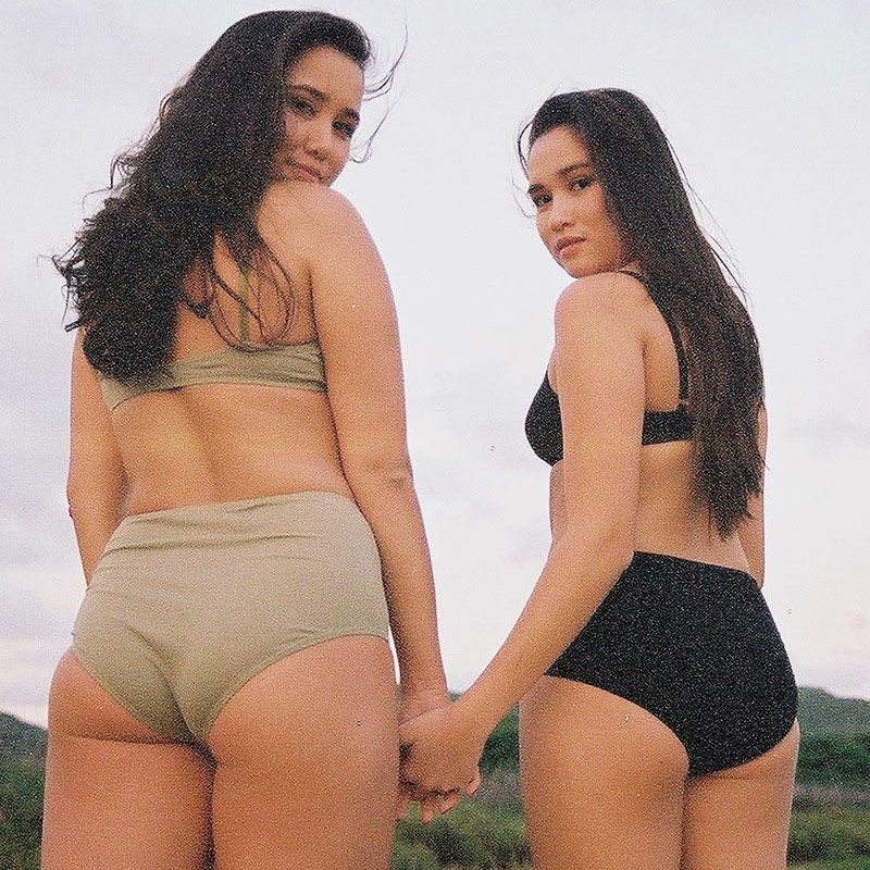 thick black women in thongs