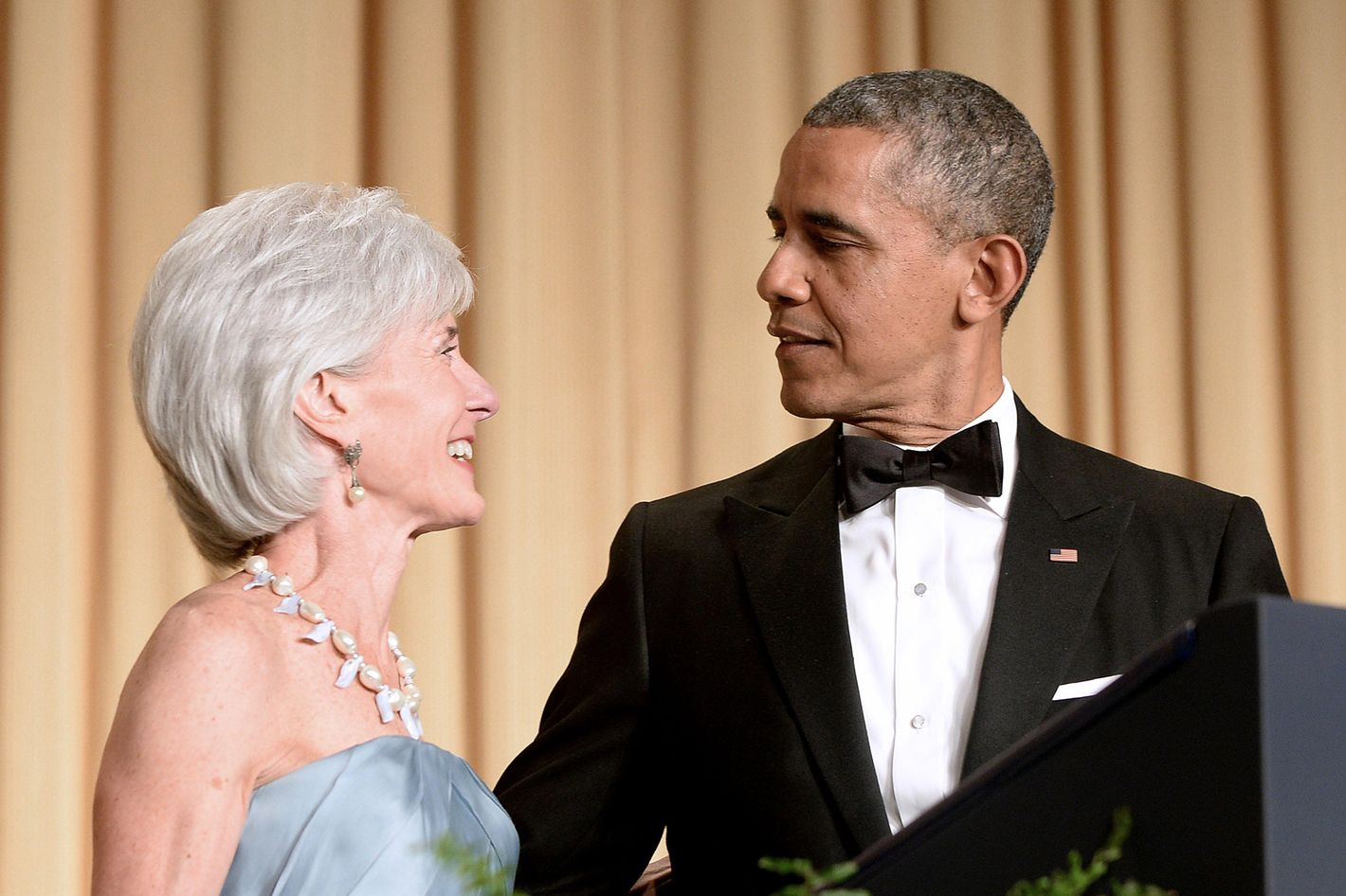 US President Barack Obama and outgoing Health and Human Services Sec. Kathleen Sebelius attend the annual White House Correspondent's Association Gala at the Washington Hilton hotel May 3, 2014 in Washington, D.C.