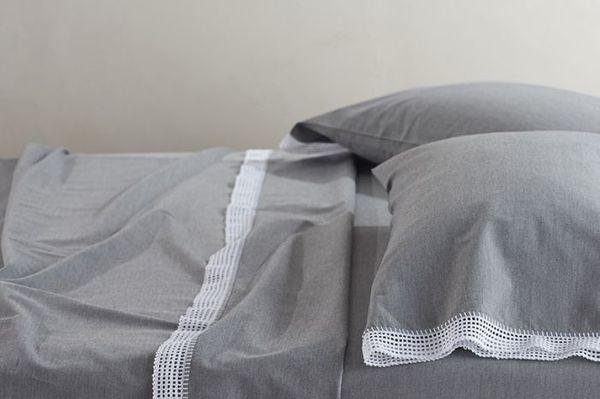 Crochet-Trimmed Twin Sheet Set