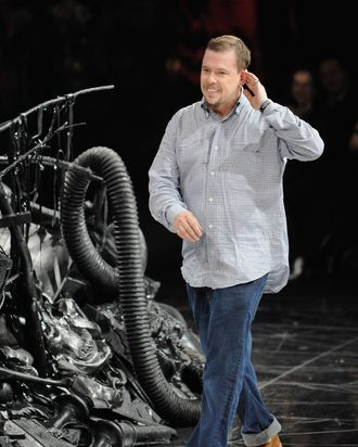 PARIS - MARCH 10: Fashion designer Alexander McQueen walks down catwalk after his Ready-to-Wear A/W 2009 fashion show during Paris Fashion Week at POPB on March 10, 2009 in Paris, France. (Photo by Pascal Le Segretain/Getty Images) *** Local Caption *** Alexander McQueen