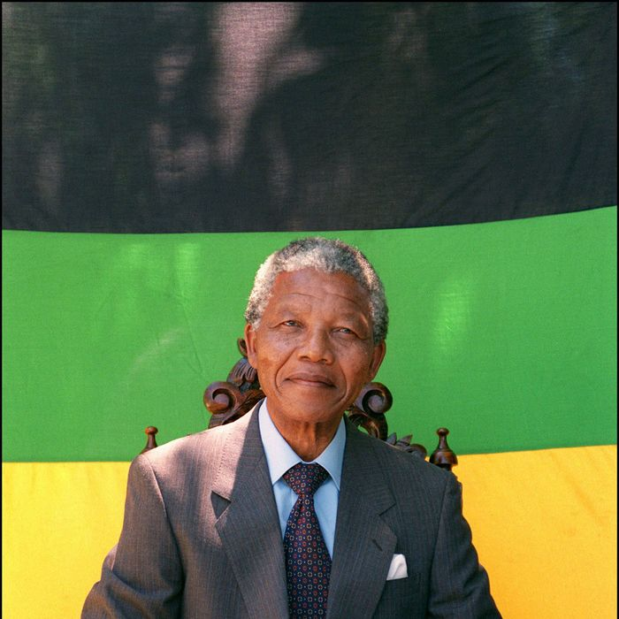 African National Congress President Nelson Mandela shown in a file photo dated 12 February 1990 posing for photographers during a photo session after his first press conference in Cape Town.