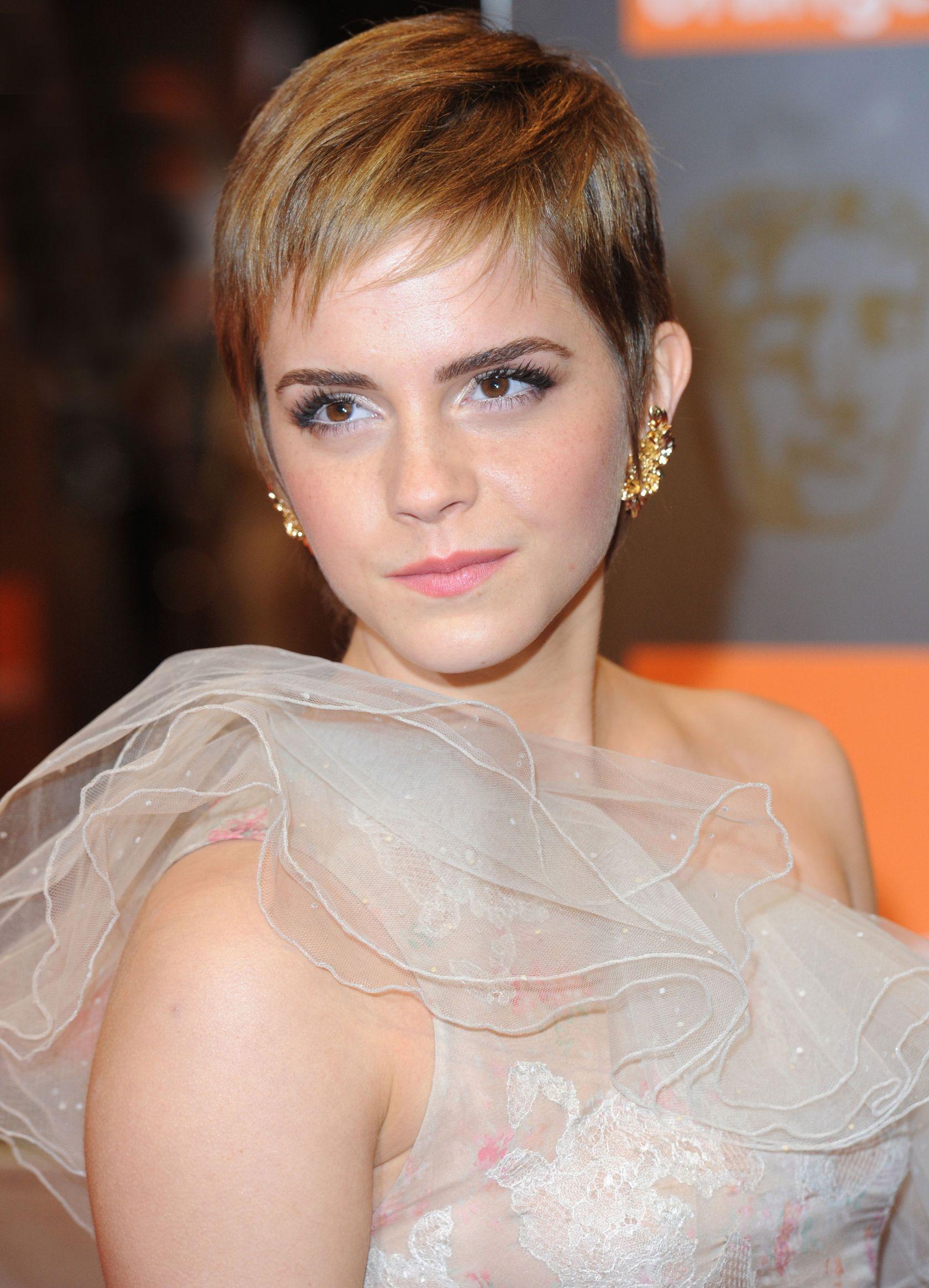 emma watson 2011 best short hair cuts the cut