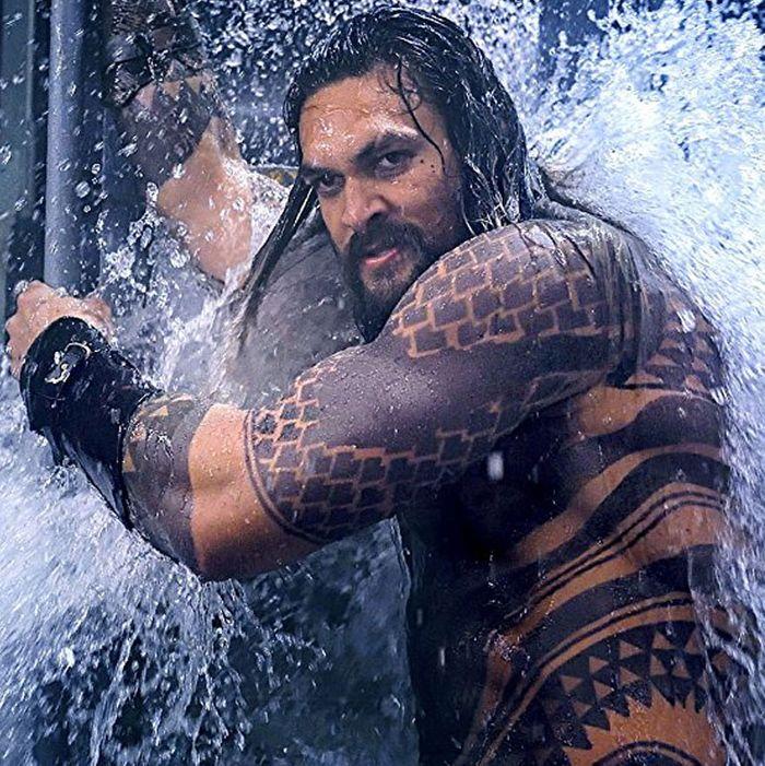 Jason Momoa Video: Aquaman Trailer: Watch Jason Momoa Get Wet