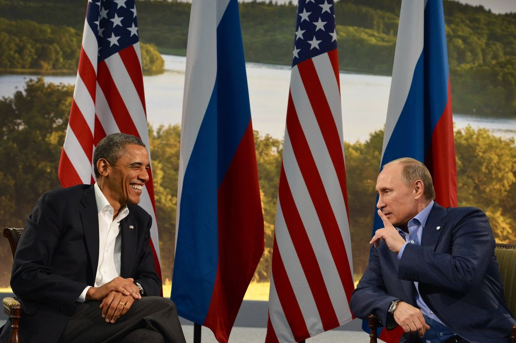 US President Barack Obama (L) holds a bilateral meeting with Russian President Vladimir Putin during the G8 summit at the Lough Erne resort near Enniskillen in Northern Ireland, on June 17, 2013. The conflict in Syria was set to dominate the G8 summit starting in Northern Ireland on Monday, with Western leaders upping pressure on Russia to back away from its support for President Bashar al-Assad.