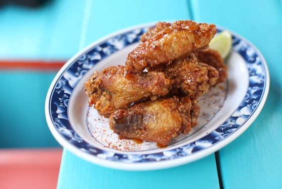 """These are the perfect """"drunk food"""" wings."""