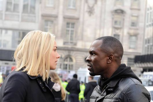 "24:  LIVE ANOTHER DAY:  Kate (Yvonne Strahovski, L) and Erik (Gbenga Akinnagbe, R) discuss their next move in the ""3:00 PM - 4:00 PM"" episode of 24: LIVE ANOTHER DAY airing Monday, May 26 (9:00-10:00 PM ET/PT) on FOX. ©2014 Fox Broadcasting Co. Cr: Daniel Smith/FOX"