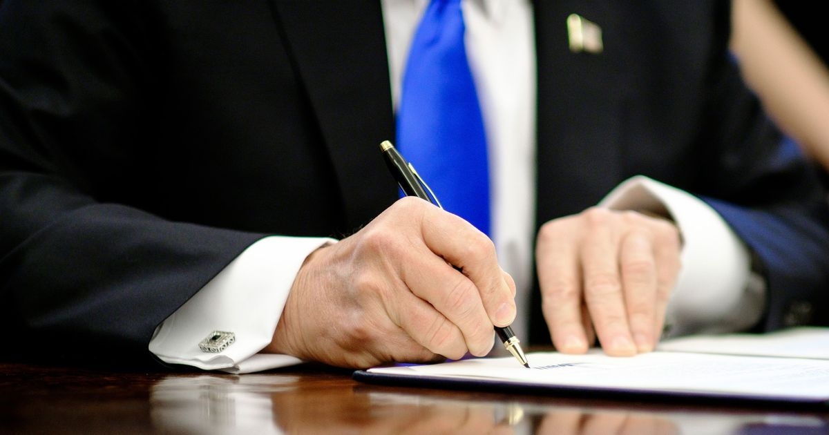 Too Lazy to Kill Regulations, Trump Is Ignoring Them Instead