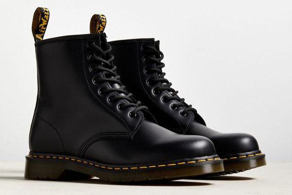 Dr. Martens Core 1460 8-Eye Boot
