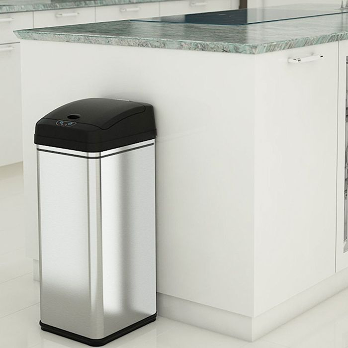 The Best Kitchen Trash Cans On According To Hypehusiastic Reviewers