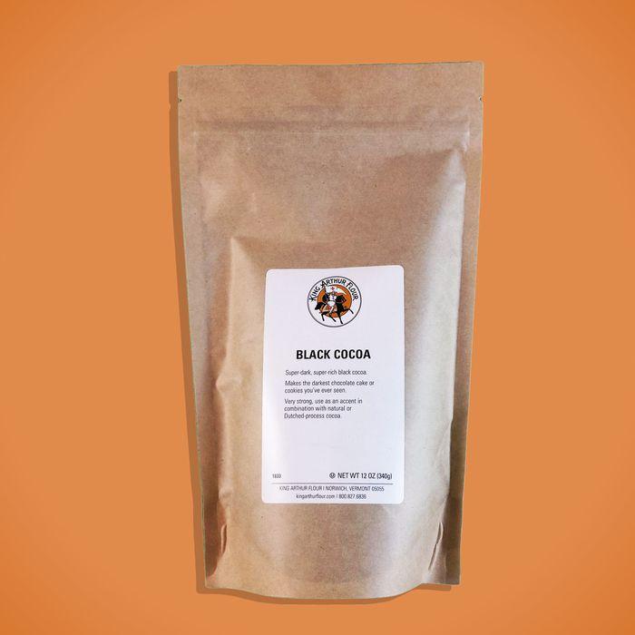 King Arthur Flour Black Cocoa Powder Review - 2019
