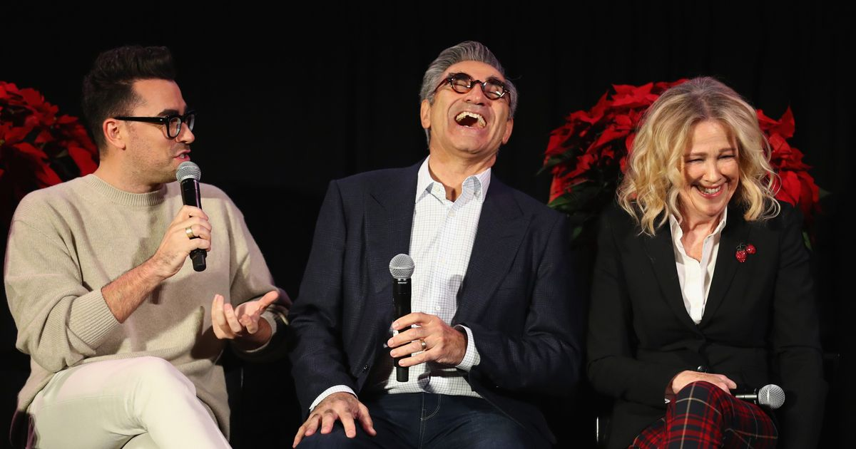 Why 'Schitt's Creek' Decided to Film a Holiday Episode