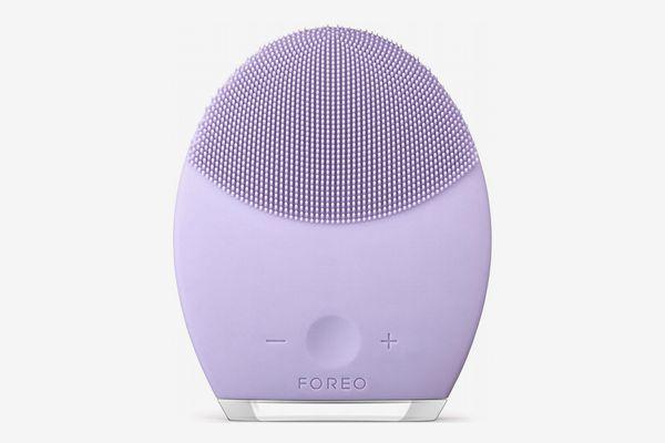 Foreo Luna 2 Facial Cleansing Brush for Sensitive Skin