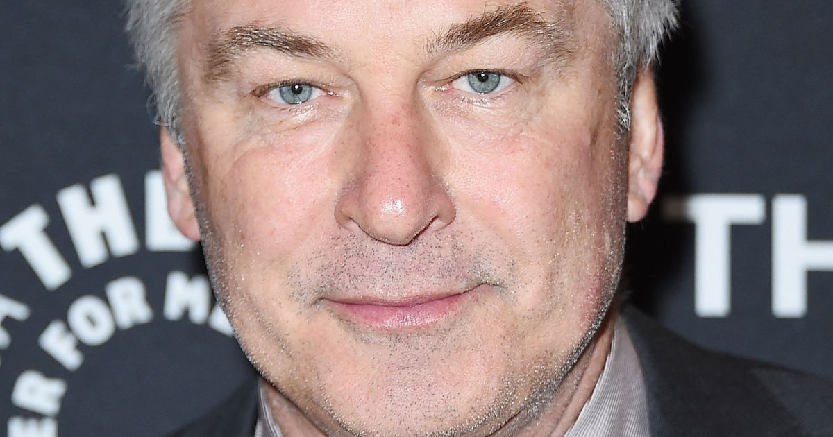 Alec Baldwin Temporarily Quits Twitter Over Sexual-Harassment Comments; Promptly Tweets Crude Message to Asia Argento and Anthony Bourdain